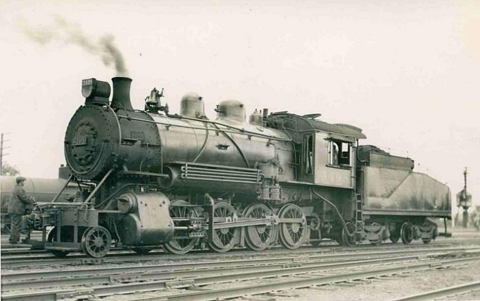 CPR Steam Engine, Farnham, 1934 / Locomotive à vapeur Canadien Pacifique, Farnham, 1934