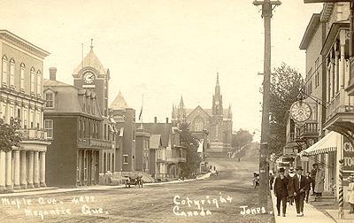 Avenue Maple, v. 1910 / Maple Avenue, c.1910